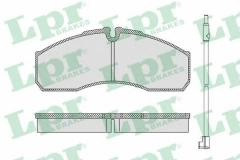 Колодки тормозные дисковые LPR 05P1109A